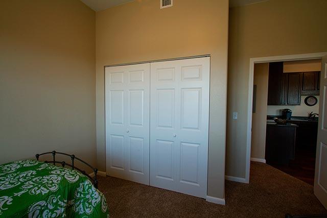 tongue-31-bedroom-2