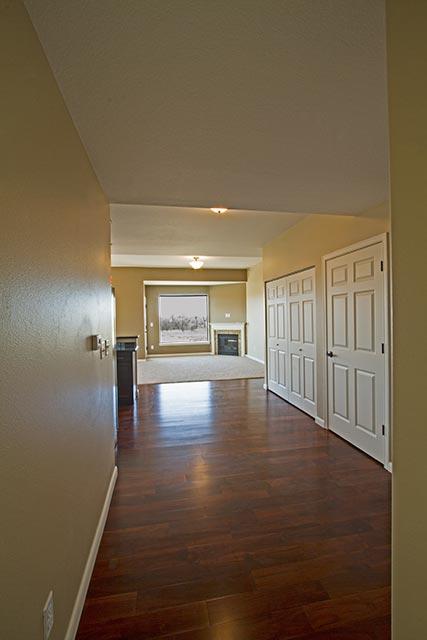 yellowstone-30-hallway-view-fireplace