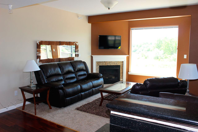 riverview-furnished-10-living