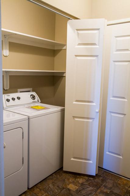 sunday-creek-washer-dryer